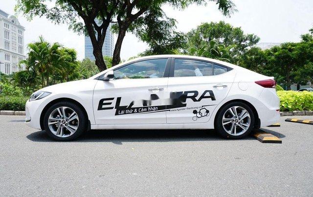 Bán ô tô Hyundai Elantra sản xuất 2017 còn mới2
