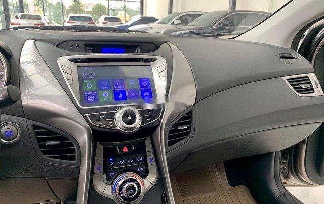 Bán Hyundai Elantra năm sản xuất 2013, nhập khẩu còn mới10