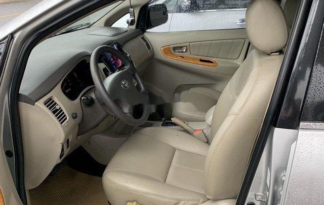 Cần bán gấp Toyota Innova sản xuất 2009 còn mới10