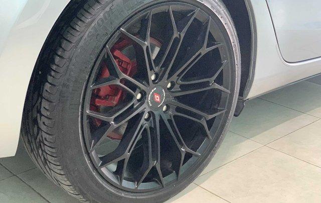 Mazda 6 2.0 Premium đăng ký 2017, màu bạc giá tốt6