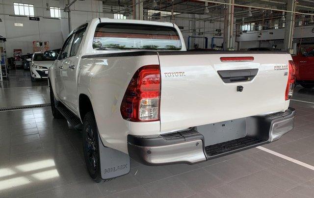 Toyota Hilux 2.4 AT 4X2, bán tải 1 cầu - giao ngay- giá tốt nhất thị trường3