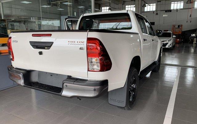 Toyota Hilux 2.4 AT 4X2, bán tải 1 cầu - giao ngay- giá tốt nhất thị trường4