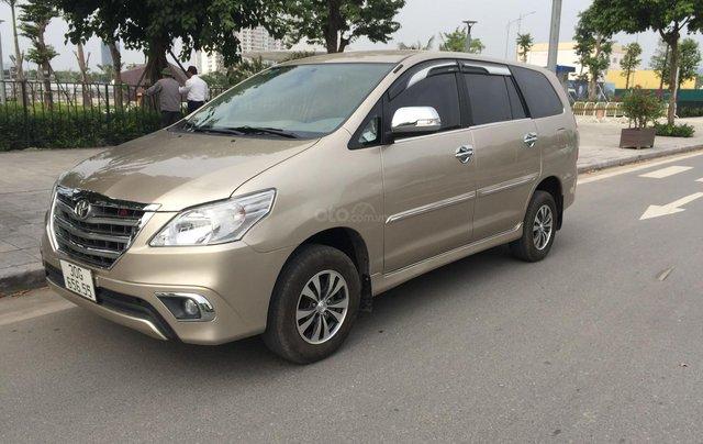 Chính chủ tôi cần bán Toyota Innova 2.0E 2014 số sàn2