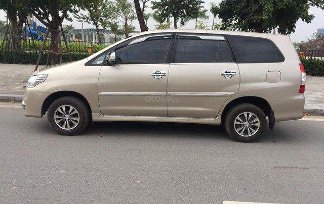Chính chủ tôi cần bán Toyota Innova 2.0E 2014 số sàn4