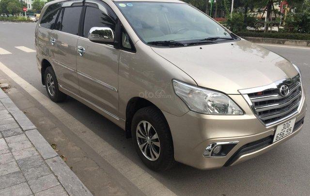 Chính chủ tôi cần bán Toyota Innova 2.0E 2014 số sàn5