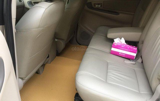 Chính chủ tôi cần bán Toyota Innova 2.0E 2014 số sàn6