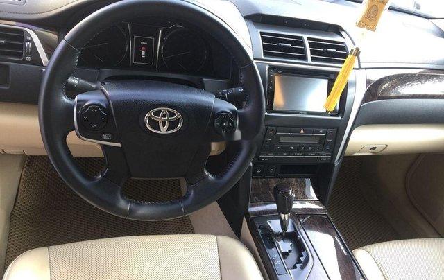 Cần bán Toyota Camry sản xuất 2016 còn mới giá cạnh tranh4