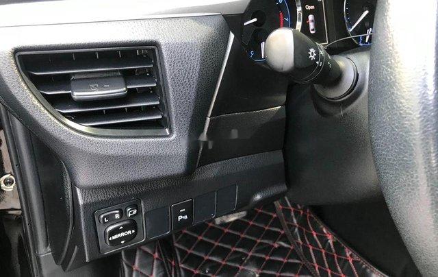 Bán Toyota Corolla Altis sản xuất năm 2017 còn mới giá cạnh tranh4