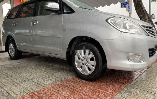 Cần bán gấp Toyota Innova sản xuất 2009 còn mới2