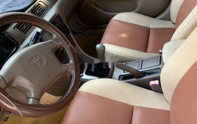 Cần bán Toyota Camry năm sản xuất 2001 còn mới2