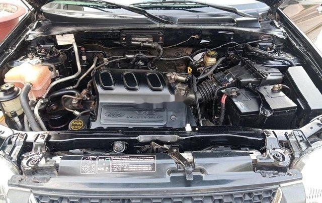 Bán Ford Escape sản xuất năm 2002, màu đen còn mới9