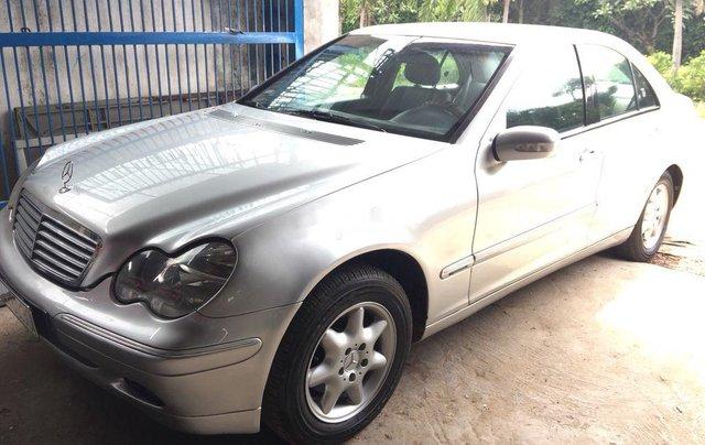 Bán ô tô Mercedes S class sản xuất năm 2001 còn mới, 146tr2