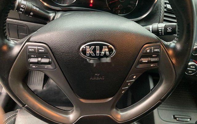 Cần bán Kia K3 sản xuất năm 2014 còn mới, giá chỉ 365 triệu7