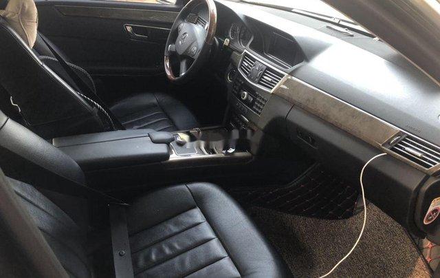 Bán xe Mercedes E class sản xuất năm 2010 còn mới, giá chỉ 680 triệu9