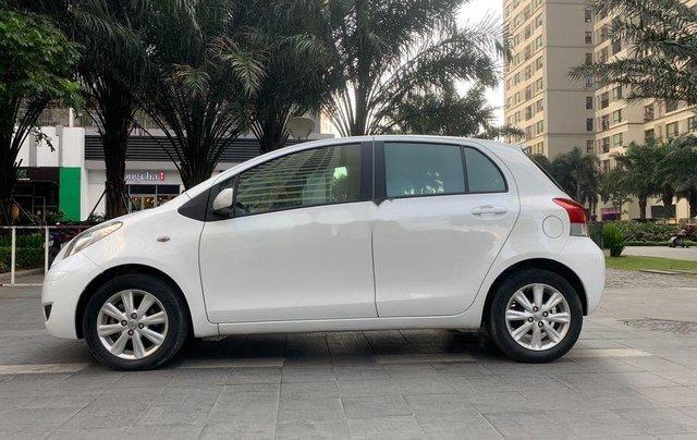 Cần bán xe Toyota Yaris đời 2010, màu trắng, xe nhập, 328tr0