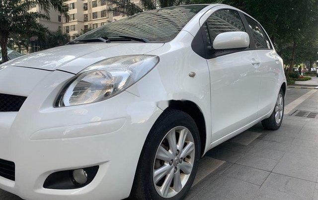 Cần bán xe Toyota Yaris đời 2010, màu trắng, xe nhập, 328tr3