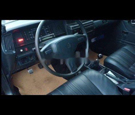 Cần bán xe Toyota Crown sản xuất năm 1993, nhập khẩu còn mới, 120tr3