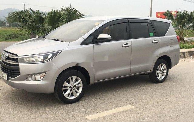 Xe Toyota Innova sản xuất 2018 còn mới, giá 595tr1