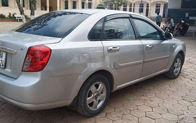 Cần bán xe Daewoo Lacetti sản xuất 2010, màu bạc chính chủ3