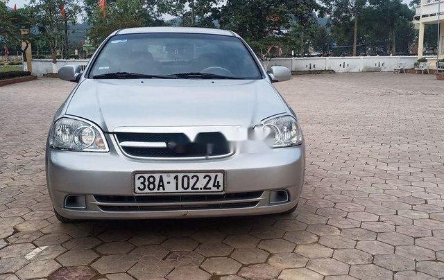 Cần bán xe Daewoo Lacetti sản xuất 2010, màu bạc chính chủ0
