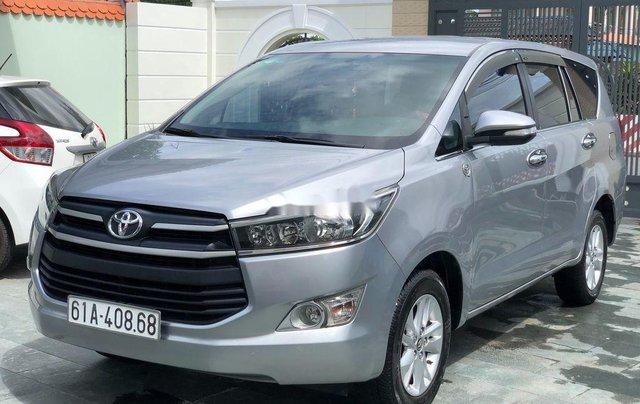 Cần bán xe Toyota Innova năm sản xuất 2017 còn mới5