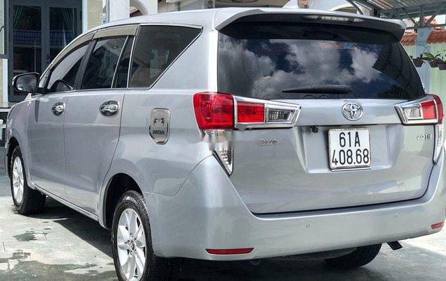 Cần bán xe Toyota Innova năm sản xuất 2017 còn mới3