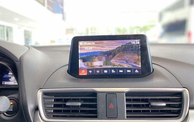 Bán Mazda 3 năm sản xuất 2018 còn mới8