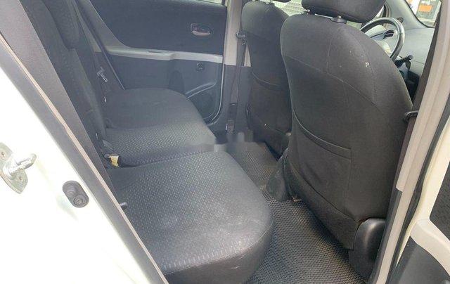 Cần bán xe Toyota Yaris đời 2010, màu trắng, xe nhập, 328tr10