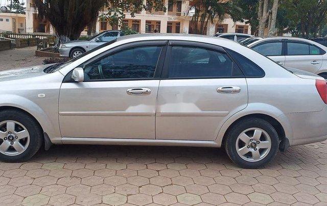 Cần bán xe Daewoo Lacetti sản xuất 2010, màu bạc chính chủ4
