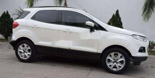 Xe Ford EcoSport sản xuất năm 2015 còn mới4