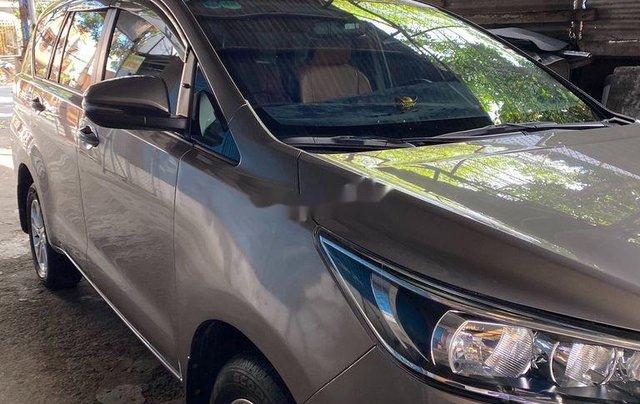 Xe Toyota Innova năm 2019 còn mới, giá 648tr11
