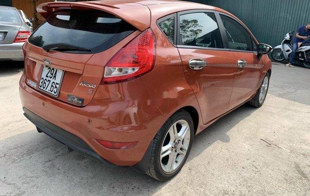 Cần bán lại xe Ford Fiesta sản xuất năm 2011, nhập khẩu còn mới0