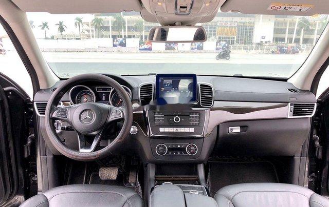 Bán Mercedes GLS 350 4Matic năm 2016, màu đen, nhập khẩu chính chủ10