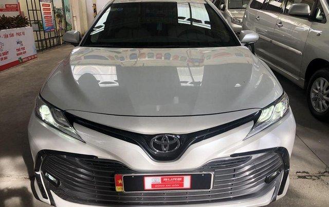 Cần bán Toyota Camry năm 2019, nhập khẩu nguyên chiếc còn mới0