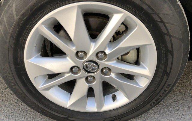 Bán Toyota Innova 2018 dk 2019 số sàn màu xám chính chủ11