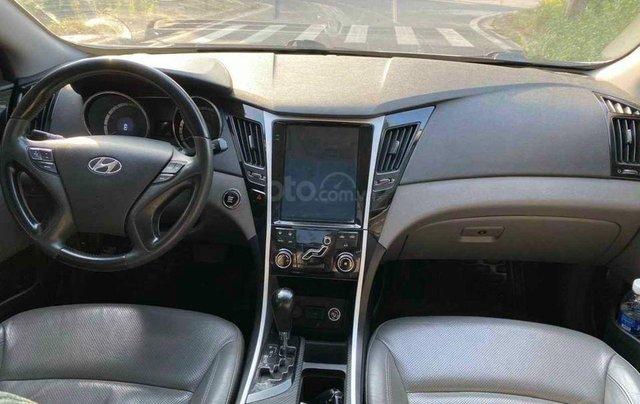 Bán gấp với giá ưu đãi nhất chiếc Hyundai Sonata sản xuất 2010 xe còn mới6