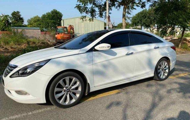 Bán gấp với giá ưu đãi nhất chiếc Hyundai Sonata sản xuất 2010 xe còn mới1