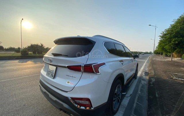 Cần bán nhanh với giá ưu đãi nhất chiếc Hyundai Santa Fe Premium 2.2 sản xuất 20202