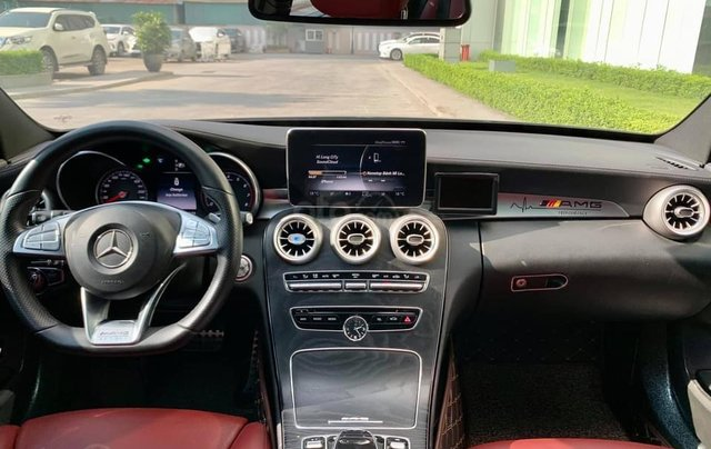 Cần bán Mercedes-Benz C250 AMG, màu đen sản xuất 2015, đã đi 31.000, 1 chủ duy nhất12