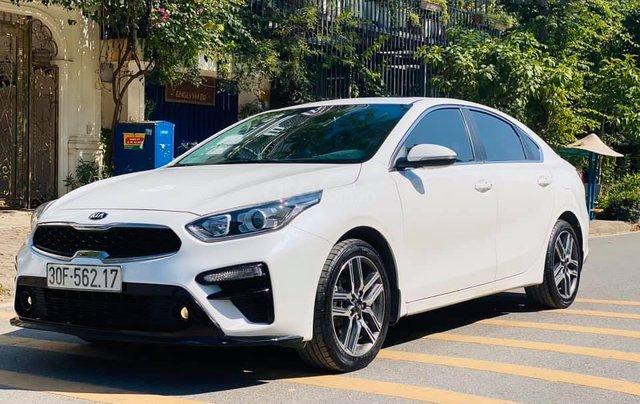 Cần bán gấp chiếc Kia Cerato 1.6AT Luxury sản xuất 20190
