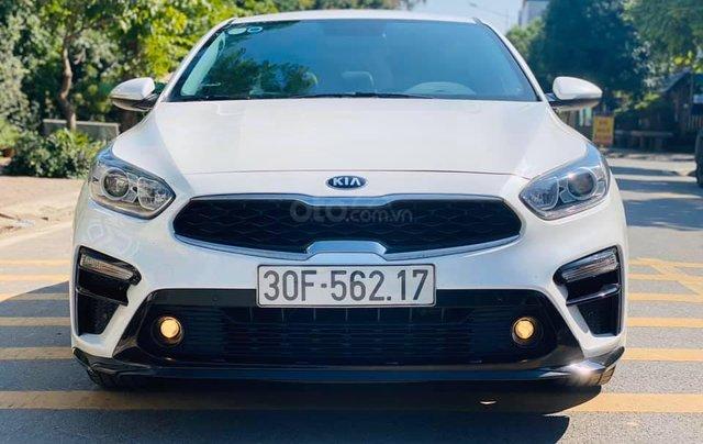 Cần bán gấp chiếc Kia Cerato 1.6AT Luxury sản xuất 20191