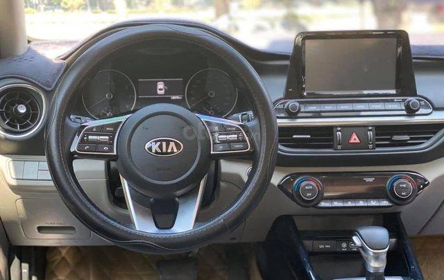 Cần bán gấp chiếc Kia Cerato 1.6AT Luxury sản xuất 20196