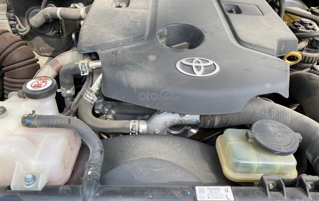 Cần bán Toyota Fortuner 2019 tự động máy dầu - nhập khẩu - đã đi 28.000km - giá 980tr5
