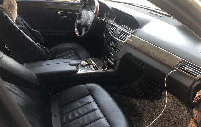 Cần bán Mercedes-Benz E 300 2010, mới chạy 70.000km, biển Hà Nội, giá 680tr8