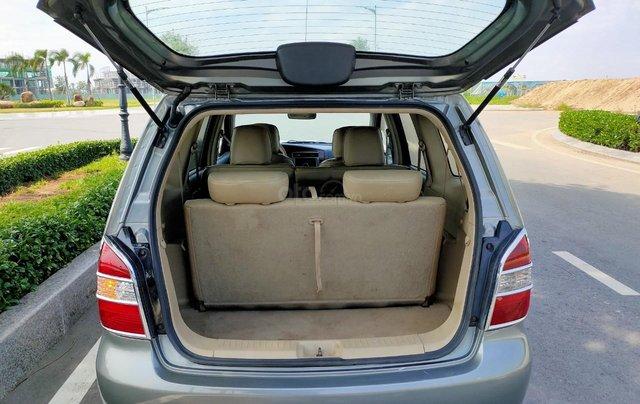 Cần bán lại xe gia đình Nissan Grand Livina 2011, giá chỉ 295 triệu1