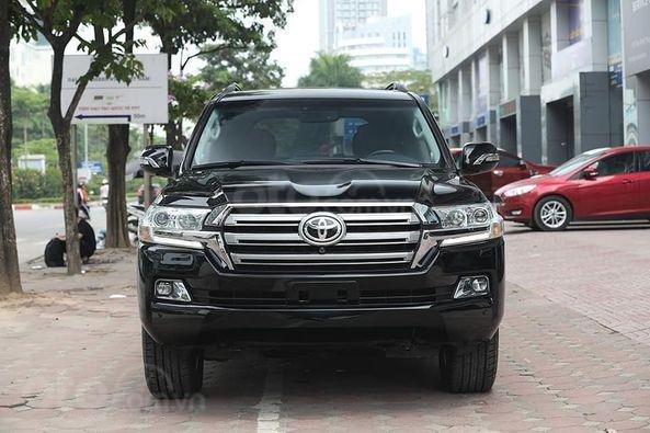 Bán Toyota Land Cruiser VX 4.6 sản xuất 2016, màu đen4