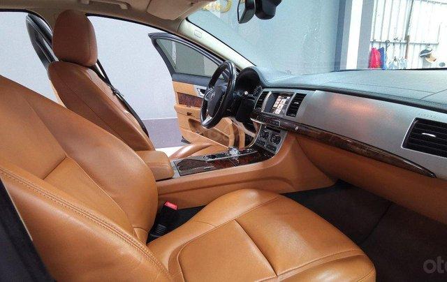 Jaguar XF Premium Luxury nhập khẩu nguyên chiếc3