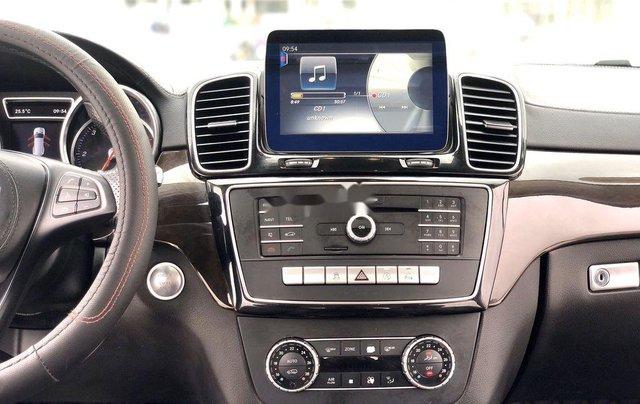 Bán Mercedes GLS 350 4Matic năm 2016, màu đen, nhập khẩu chính chủ7