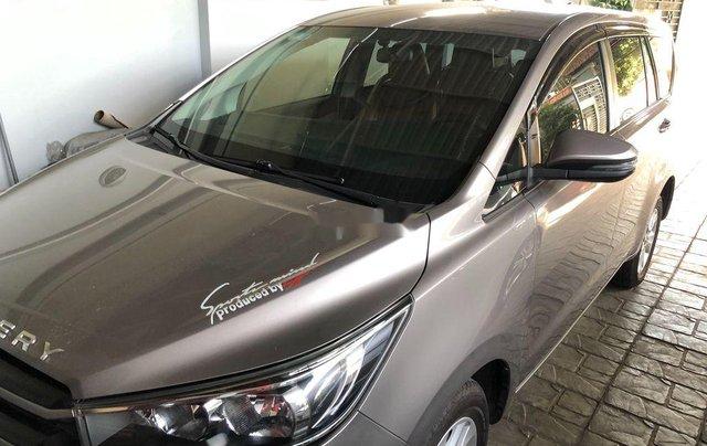 Cần bán lại xe Toyota Innova năm sản xuất 2017, 575tr0