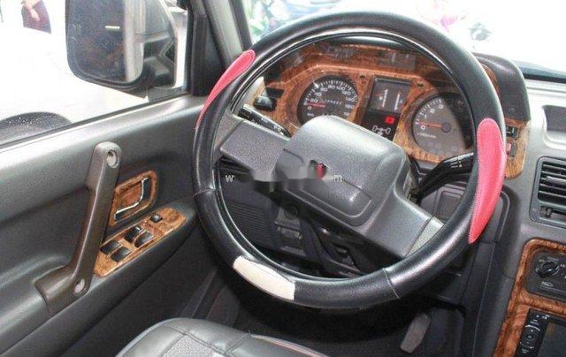 Cần bán xe Mitsubishi Pajero năm 2004, màu bạc, nhập khẩu, giá chỉ 180 triệu4